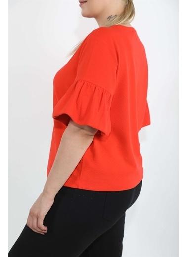 Luokk Pura Yuvarlak Yaka Kolları Volan Detaylı Kadın Bluz Kırmızı